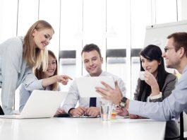 worker-meeting